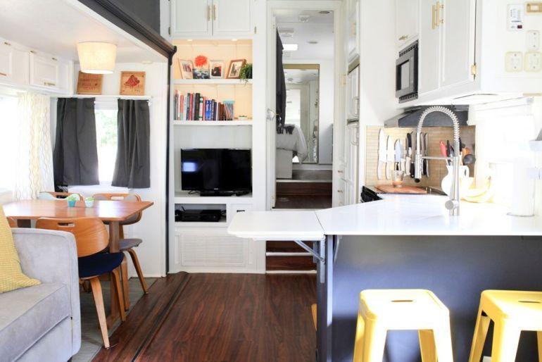 Una caravana llena de ideas para espacios peque os get - Ideas para espacios pequenos ...