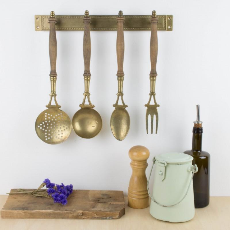 Antiguos utensilios de cocina para colgar menaje cocina for Utensilios de cocina vintage