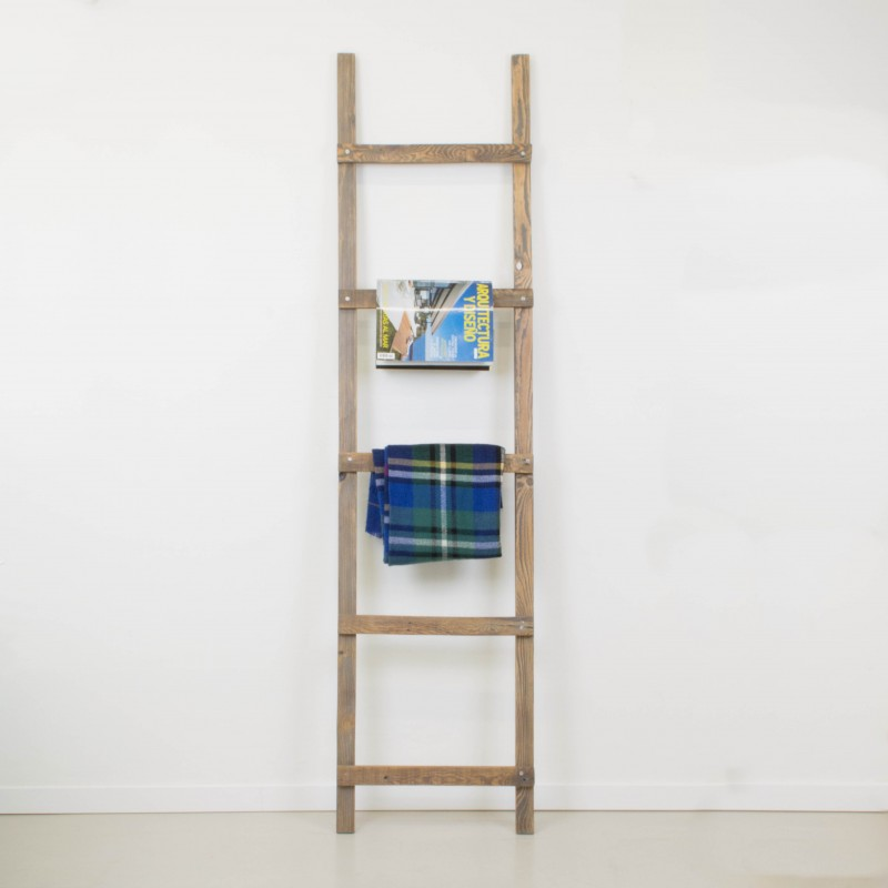 Escalera decorativa artesanal a partir de madera for Escalera decorativa
