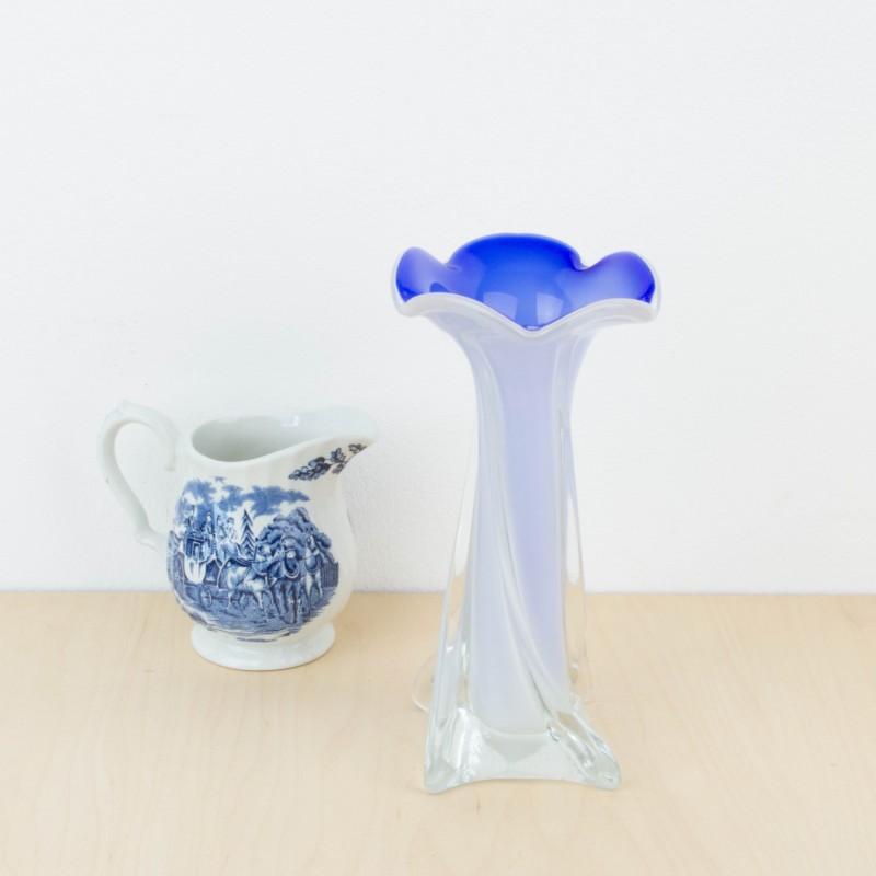 Peque o jarr n de cristal de murano azul jarrones for Jarron cristal decoracion