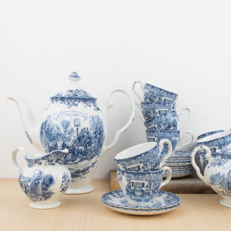 juego de te ingl s en porcelana blanca y azul caf y te